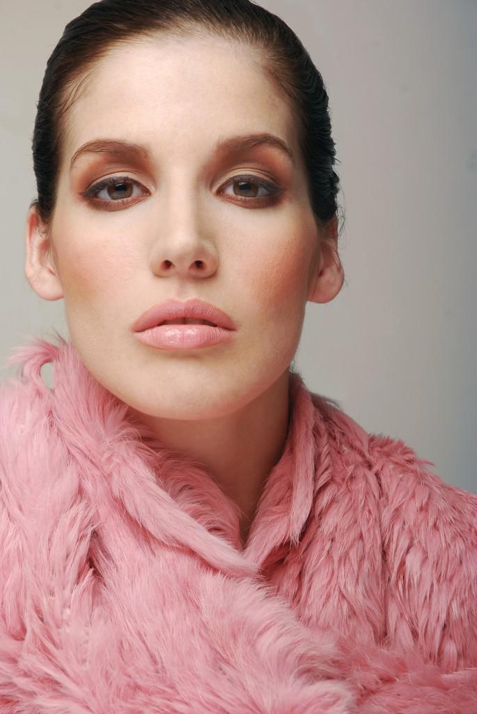 makeup1-685x1024